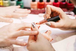 Mobile manicurist London - NAILS BY METS